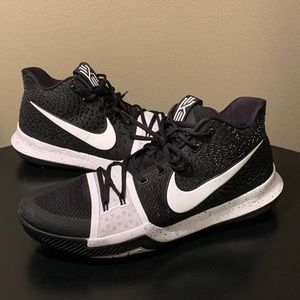 Nike Kyrie 3 Oreo